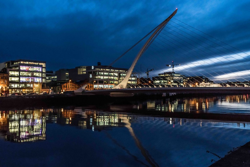 DUBLIN DOCKLANDS AT NIGHT [JANUARY 2016]-110820