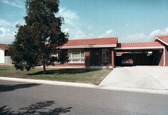 55 Beafield Rd, Para Hills West (RS 1990) Tags: old film 35mm photo scan adelaide salisbury 1986 southaustralia parahillswest beafieldrd