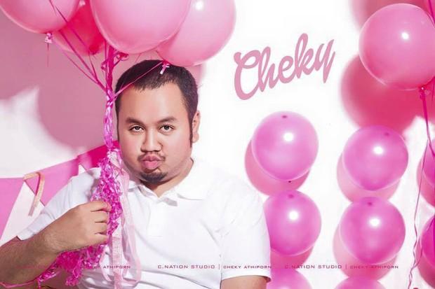 """Cheky លេចមុខសារជាថ្មីក្នុងរឿង """"សិស្សប្អូនសំណព្វចិត្ត"""" បន្ទាប់ពីទទួលពានតារាសម្តែងប្រុសល្អជាងគេក្នុងឆ្នាំ ២០១៥"""