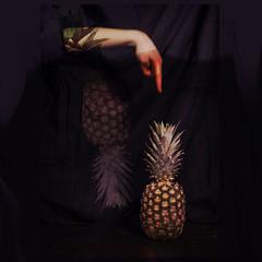 . (Angela Malavenda) Tags: pine fruit illustration dark hand finger touch experiment photographic pineapple mano inside ananas dentro buio dito frutto toccare