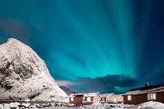 Northern Lights Lofoten (Peely 22) Tags: blue snow green norway lights cabin aqua northern lofoten reine hamnoy