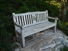 Owl Bench (Worthing Wanderer) Tags: summer coast seaside sunny august devon salcombe swcp southwestcoastpath