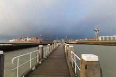 Zicht op Vlissingen vanaf de loodsensteiger (wendyderoover) Tags: haven nederland zeeland vlissingen stad walcheren