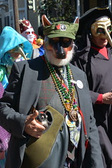 Socit de Ste. Anne 102 (Omunene) Tags: costumes party fun neworleans parade alcohol mardigras partytime faubourgmarigny licentiousness neworleansmardigras walkingparade socitdesteanne mardigras2016 alcoholfueledlicentiousness roylstreet
