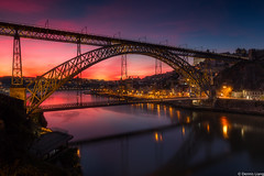 Porto (Sinnedliang) Tags: city bridge portugal architecture river coast porto oporto susnet cityofwater