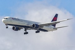 Boeing 767-400 (N832MH) (Daniel_Landucci) Tags: boeing spotting aviao deltaairlines 767400 aeroportointernacionaldeguarulhos