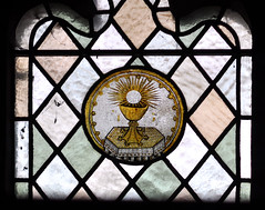 "Alveley, Shropshire, ""St. Mary the virgin"", stained glass, roundel (groenling) Tags: uk greatbritain england cup window glass shropshire britain stainedglass gb communion stainedglasswindow roundel paten sacrament stmarythevirgin salop alveley"