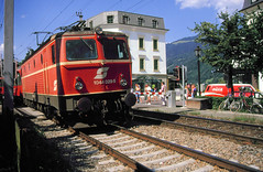 Zell am See  1044 029 eastbound 30th July 91 C16054 (DavidWF2009) Tags: austria zellamsee obb class1044