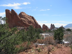 """Garden of the Gods"" Landscape (Kevin Fenaughty) Tags: park holiday snow tree colorado unitedstates outdoor gardenofthegods coloradosprings geology cathedralrock sleepinggiant northgatewayrock southgatewayrock"