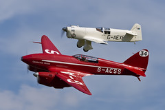 De Havilland DH.88 Comet and Percival E.2H Mew Gull - 3 (NickJ 1972) Tags: wings gull aviation wheels collection airshow comet shuttleworth 34 percival mew dehavilland e2 grosvenorhouse 2015 oldwarden dh88 gacss gaexf