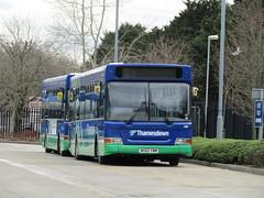 WU52 YWM (markkirk85) Tags: new bus buses pointer swindon dennis dart 208 slf 112002 plaxton thamesdown ywm wu52 wu52ywm