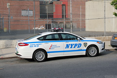 NYPD Police Car (School Safety) (Canadian Pacific) Tags: city usa ny newyork car america unitedstates state police nypd queens american department longislandcity ofamerica aimg6094