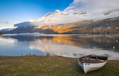 Silvaplanersee (ccr_358) Tags: autumn panorama lake alps reflection fall landscape lago mirror schweiz switzerland see boat nikon october scenery barca view suisse postcard lac sunny svizzera autunno alpi engadin ch cartolina swissalps stmoritz engadina ottobre mountainscape lakesilvaplana 2015 graubnden grisons sanktmoritz confoederatiohelvetica grigioni grischun silvaplanersee swissconfederation d5000 silsimengadin lagodisilvaplana ccr358 nikond5000