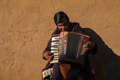 Patzcuaro,  Michoacn, Mexico (Timothy Neesam (GumshoePhotos)) Tags: shadow musician wall mexico fuji blind accordion fujifilm michoacn patzcuaro xt1