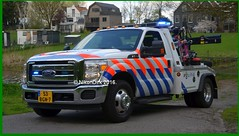 Dutch National Police Ford F350. (NikonDirk) Tags: holland ford netherlands dutch truck team rotterdam foto cops duty transport nederland police super science 350 cop breakdown tow towing f350 berger politie forensic wrecker wagen recherche rijnmond berging takelwagen takel hgl hulpverlening nikondirk bnpg84 53bgn7
