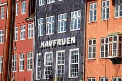 Havfruen (Hkan Dahlstrm) Tags: house architecture copenhagen denmark photography nyhavn f90 dk uncropped danmark kbenhavn 2016 kpenhamn kbenhavnk xe2 1420sek xc50230mmf4567ois 59801052016145200