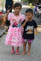 boy and girl in her special dress (the foreign photographer - ) Tags: pink boy girl thailand nikon dress bangkok special lard bang bua khlong bangkhen d3200 phrao feb62016nikon