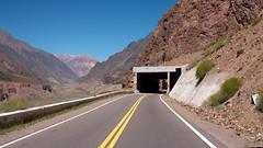 Ruta del Paso Libertadores (João Ebone) Tags: rio ruta 7 valle vale ridge route estrada mendoza andes tunel asfalto moutain moutains montanha caminho rota túnel rodovia cordilheria