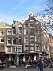 facing Nieuwmarkt (Abby flat-coat) Tags: netherlands amsterdam nieuwmarkt img8776 elph300hs