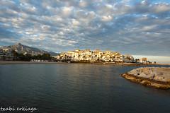 Puerto Bans (Marbella)-031 (2) (fadercini) Tags: mar arena cielo nubes rocas banus