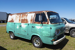 Ford Econoline- Formerly of the Singer company (Thumpr455) Tags: auto old green ford car race truck vintage georgia nikon rust commerce rusty company april van d800 econoline 2016 singersewingmachine nmra nmca atlantadragway worldcars afnikkor1635mmf4vr