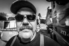 men at work (Hendrik Lohmann) Tags: street people work streetphotography streetportrait menschen gesichter strase strasenportait