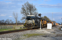 Ns 8351 Knocks the Wabash down. (Machme92) Tags: railroad sky usa up clouds ns union norfolk rail row american rails ge railfan railroads dash8 norfolksouthern conrail railroading railfanning dash9 railfans unionpacifc newpower