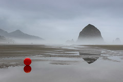 Lost Balloon [Explored 4/23/16 #29] (Valentina Sokolskaya) Tags: travel usa oregon cannonbeach haystackrock
