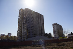 Sighthill flats under demolition (3) (dddoc1965) Tags: road blue red scotland high skies glasgow 21st sunny demolition flats reid april rise kenny sighthill 2016 dddoc davidcameronpaisleyphotographer
