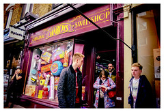 DSCF0437 (Jazzy Lemon) Tags: uk england london english britain candid streetphotography april british socialdocumentary 18mm 2016 jazzylemon fujifilmxt1