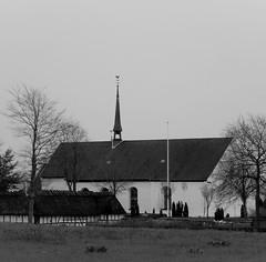 (Landanna) Tags: bw white black church architecture denmark zwart wit dnemark danmark sort kerk als egen hvid denemarken zw kirke snderjylland zuidjutland