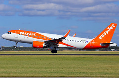EASY. EHAM (Josep Oll) Tags: plane foto aircraft nederland airbus holanda easy schiphol avin ams a320 despegue duch spotter heam polderbaan eham2015