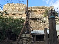 Tokyo DisneySea (jericl cat) Tags: disneysea river lost temple tokyo delta disney mayan indianajones 2015