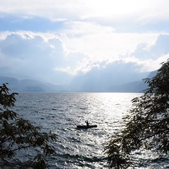 Day 258. Happy New Year! How will you be improving yourself this year? I'll be staying in San Marcos La Laguna a bit longer working on the goal within the goal; to learn Spanish. #theworldwalk #travel #guatemala