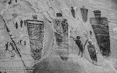 Great Gallery Pictographs in Black/White - Utah (ultimateplaces) Tags: bw southwest art painting utah nationalpark ancient sandstone desert drawing style canyonlands indians horseshoecanyon greatgallery nativeamericans rockart petroglyphs archaic pictographs anthropomorph barriercanyon