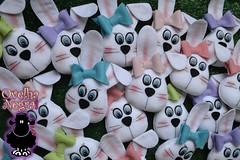 coelhinhas (ovelhanegra_toys) Tags: rabbit bunny handmade artesanato felt feltro coelho pascoa manualidades fieltro feltcraft kee feitoamo ovelhanegratoys