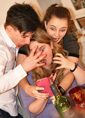 Serious selfie time! (Bendigoish) Tags: pink james sam emma bex grin snarl iphone selfie