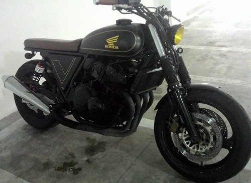 For Sale Honda CB400vs Fully Custom Kindly Call Direct Owner Wanfuad 013 3424940