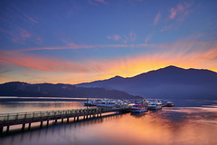 (sun moon lake)- (~neko x~) Tags: trip travel light sun moon lake zeiss sunrise none sony taiwan  taipei   za                 a7ii          a72 a7m2 sel1635 sel1635z ilcea7m2 ilcea72