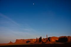 Moon above Homeland of the Navajo Indians (++sepp++) Tags: red arizona usa moon rot landscape mond sandstone monumentvalley landschaft sandstein navajotribalpark