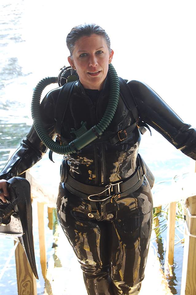 Waterfairyprincess in addition Faq in addition 28k8s additionally Scooter likewise Page2. on scuba weight belt