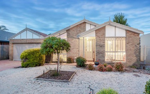 66 Hawkes Dr, Mill Park VIC 3082