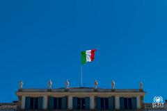 Italia (andrea.prave) Tags: park italy parco italia flag bandera brianza lombardia flagge drapeau monza lombardy bandiera villareal 25aprile   villareale royalvilla  xxvaprile