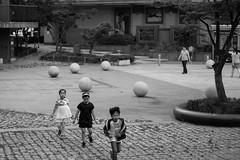 (pongphat.naegkhunthod) Tags: life street trip travel summer portrait bw white black canon landscape grey blackwhite market korea korean journey april 24 24mm stm southkorea pointshoot 100d