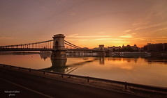 Szchenyi Lnchd napfelkeltekor - Szchenyi Chainbridge at sunrise (Adorjn Gbor) Tags: river hungary budapest chain danube chainbridge