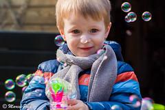 Paasdagen Aalten 2016 (CapMarcel) Tags: kids kinderen bubbles swing schommel bellen blazen bellenblazen