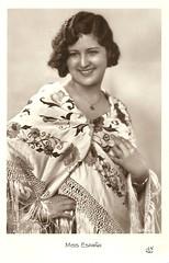 Miss Spain 1931 (Truus, Bob & Jan too!) Tags: beauty fashion female vintage 1930s postcard contest moda beauté miss pageant concours mode bellezza schönheit wettbewerb feminin concorso weiblich femminile misseurope