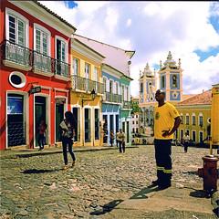 salvador (thomasw.) Tags: street travel brazil mamiya southamerica brasil analog cross brasilien salvador mf crossed südamerika