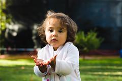 Julieta (RazArt.) Tags: chile park sun color childhood canon 50mm day child concepcion biobio infancia da infante familyday udec 70d canonistas