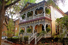 Gingerbread House / Savannah, Ga (Mambo'Dan) Tags: house historical gingerbreadhouse savannahga 1899 108yearsold